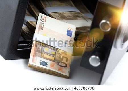 Money Safe Stock Images Royalty Free Images Amp Vectors