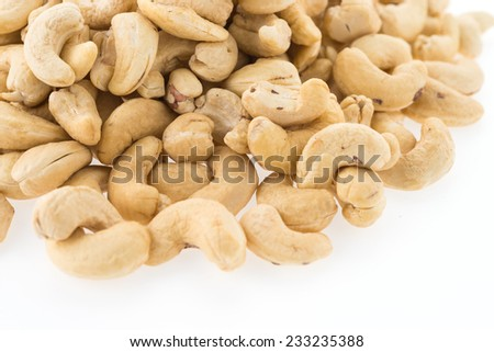 cashews isolated on white background