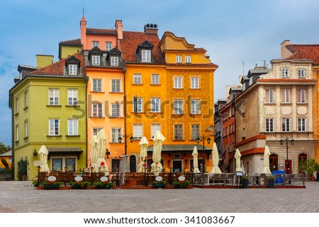 Castle Square in the morning, Warsaw Old town, Poland.