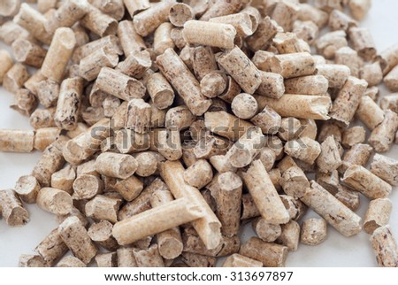 Cat and hamster litter wood pellets