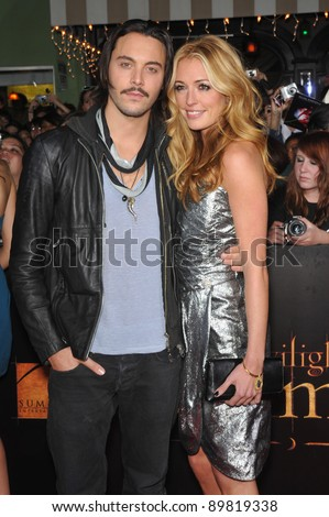 "Cat Deeley & Jack Huston at the world premiere of ""The Twilight Saga: New Moon"" at Mann Village & Bruin Theatres, Westwood. November 16, 2009  Los Angeles, CA Picture: Paul Smith / Featureflash"