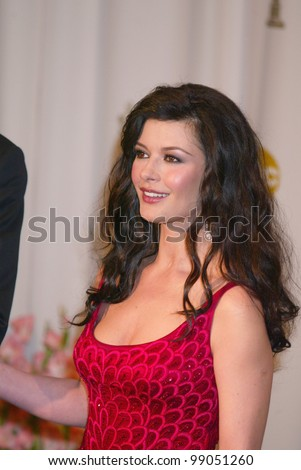 CATHERINE ZETA-JONES at the 76th Annual Academy Awards in Hollywood. February 29, 2004