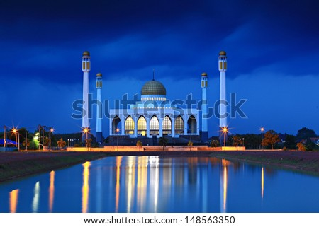 Center Mosque in Songkla Province, Southern Thailand. - stock photo