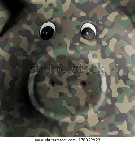 Ceramic piggy bank with painting, army camouflage