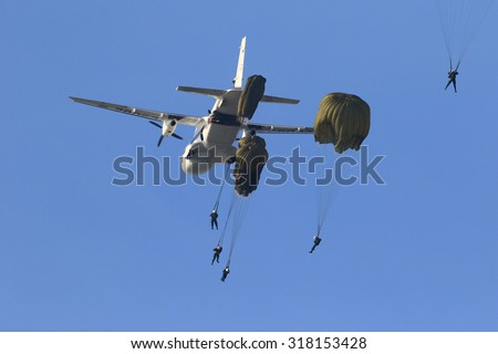 CHA-AM, THAILAND FEB 2015 : Police practice parachuting course on the Tungateja Drop Zone , CHA-AM - PECHBURI, THAILAND