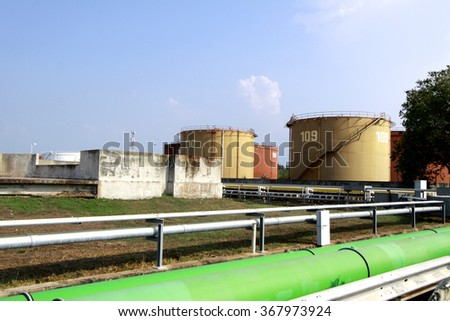 CHACHEANGSOW-THAILAND-FEBRUARY 28, 2015 : Structure Line of gas tube at Bang-pra-kong  Power Plant on February 28, 2015 Chacheangsow Province, Thailand.
