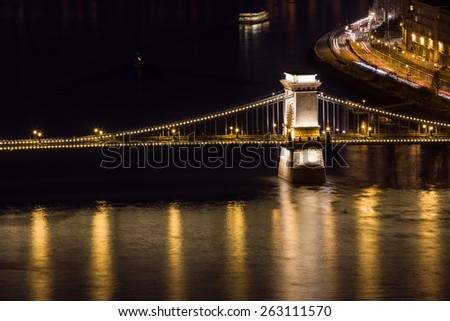 Chain Bridge and Danube river in Budapest at night, Hungary