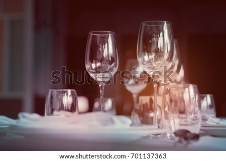 Champagne glass / wine glass / table decoration