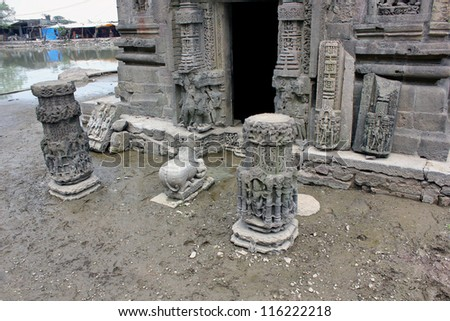 CHAMPANER PAVAGADH, GUJARAT, INDIA-OCT. 2 : Archaeological remains of Lakulisa Temple on October 2, 2012 in Champaner Pavagadh, India.The temple is a UNESCO World Heritage site built in 10th century.
