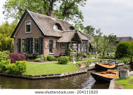 Charming little house in Giethoorn Netherlands - stock photo