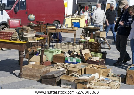CHARTRES, FRANCE - May 10: The 19th meeting of bargain hunters Antiques - Bargain May 10, 2015
