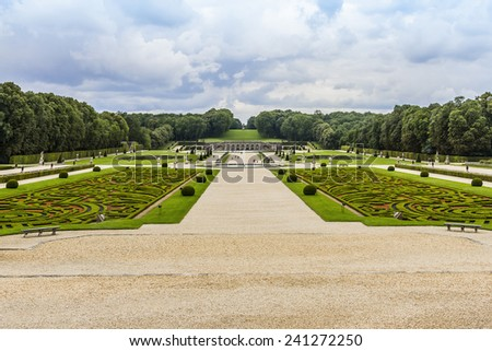 Chateau de Vaux-le-Vicomte (1661) - baroque French Palace located in Maincy, near Melun, in Seine-et-Marne department of France. Beautiful garden designed by landscape architect Andre le Notre.