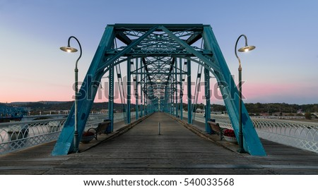 CHATTANOOGA, TENNESSEE - NOVEMBER 9: Walnut Street pedestrian bridge across the Tennessee River on November 9, 2016 in Chattanooga, Tennessee