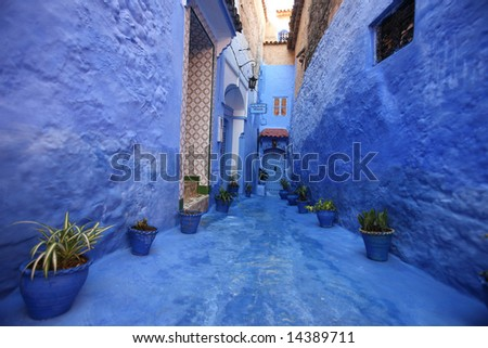 Chefchaouan street with blue walls