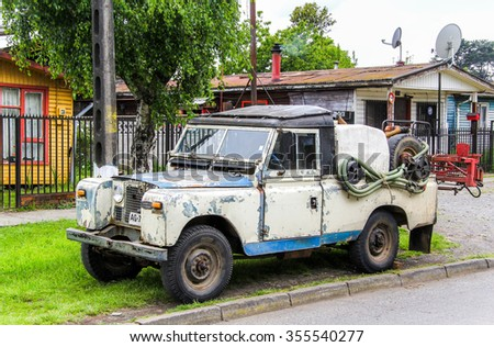 CHERQUENCO, CHILE - NOVEMBER 22, 2015: Motor car Land Rover Series III at the town street.