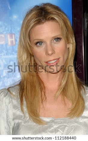 "Cheryl Hines at the Los Angeles Premiere of ""Blades of Glory"". Mann's Chinese Theater, Hollywood, CA. 03-28-07"