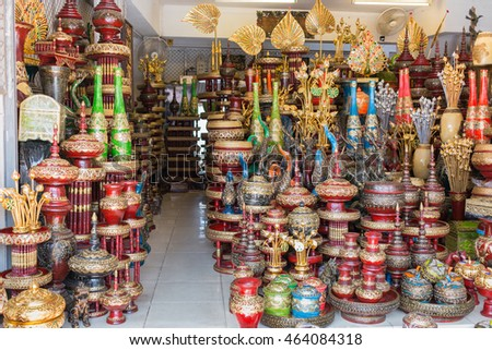 CHIANG MAI, THAILAND - Aug 4 : Baan Tawai village has traditionally been the center of the handicrafts trade in Northern Thailand  on August 4 , 2016 in Chiang Mai, Thailand