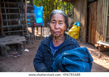 CHIANG RAI,THAILAND - NOVEMBER 22, 2015 : Unidentified Girl of Hmong hill tribe in Chiang Rai Province Chiang Rai is the northernmost province of Thailand.