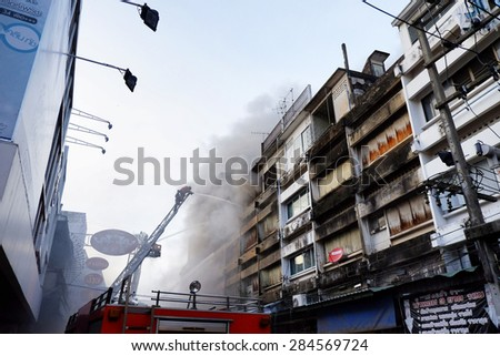 CHIANGMAI THAILAND - JUNE 5 : Warorot market fire. Fire the old market of the city. The latest fire was burning fabric store damaged several shops. on June 5 , 2015 in Chiang Mai,Thailand.