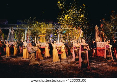 CHIANGMAI, THAILAND - MAY 20, 2016 : Traditional Lanna Culture show perform at Sriwichai Monk Monument to worship a monument and show the beautiful tradition dance of north Thai in Visakha Puja Day