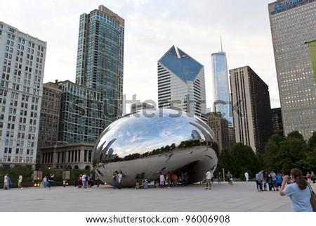 CHICAGO, IL - AUG 26: Cloud Gate and the Chicago skyline on Aug 26, 2011 in Chicago, USA. Cloud Gate is the artwork of Anish Kapoor as the famous landmark of Chicago in Millennium Park.