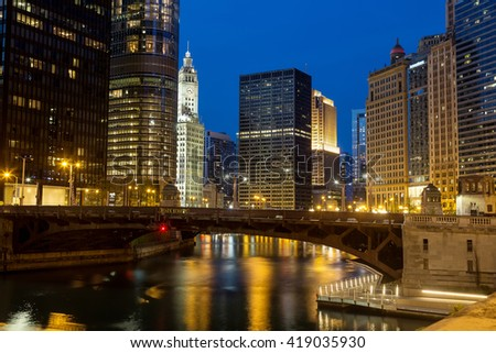 CHICAGO, IL - 7 MAY: The Chicago River and the Riverwalk at dusk.