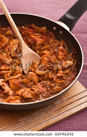 Chicken and lentil ragout on the pan