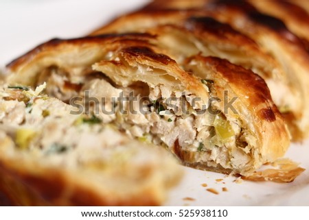 Chicken Cheese And Leek Pie