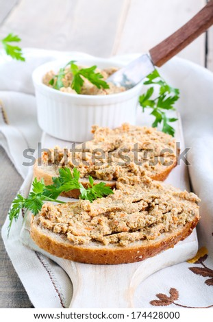Chicken liver and vegetable spread on bread