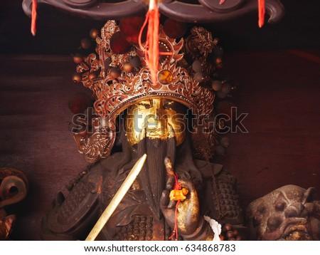 Chinese gods statue