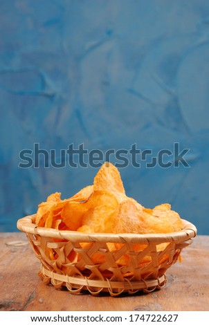 Chips potato with pepper