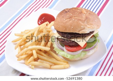 chips tomato sauce beef Hamburger