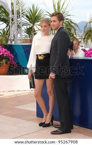 "Chloe Sevigny & Jake Gyllenhaal at the photocall for ""Zodiac"" at the 60th Annual International Film Festival de Cannes.  May 17, 2007  Cannes, France.  2007 Paul Smith / Featureflash - stock photo"