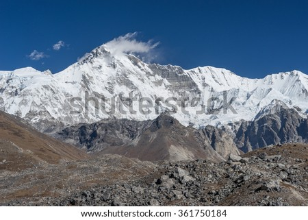Cho oyu mountain peak, Everest region