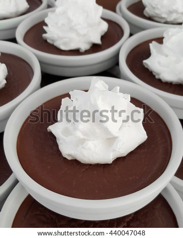 chocolate pudding with whipped cream