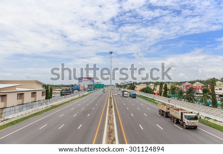 CHONBURI-JULY,29: The Motorway Rest Area where located middle way to Pattaya town. It is the main way to go to the east province that are crowned by cars in holiday.THAILAND JULY,29 2015 - stock photo