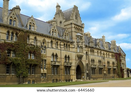 Christchurch University's facade in Oxford, England