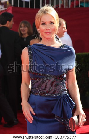 Christina Applegate at the 61st Annual Primetime Emmy Awards. Nokia Theatre, Los Angeles, CA. 09-20-09