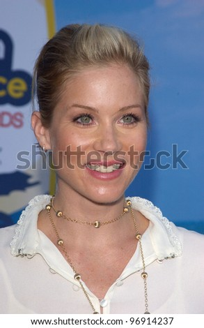 CHRISTINA APPLEGATE at the 2004 Teen Choice Awards at Universal Studios, Hollywood. August 8, 2004
