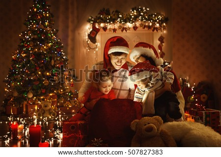 Christmas Family Open Present Gift Bag, Looking to Magic Light in Night Xmas Tree Interior