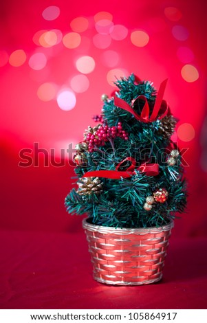 christmas tree with light background