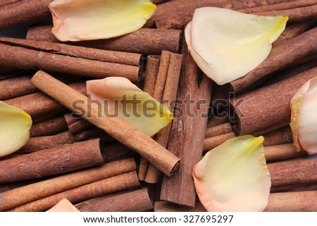 Cinnamon and petals