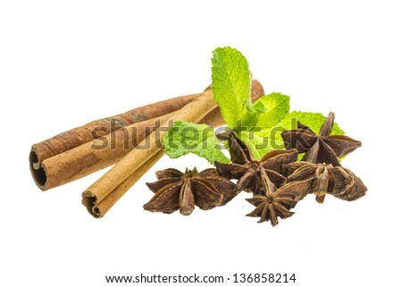 Cinnamon, mint and star-anise