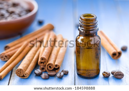 Cinnamon oil - stock photo