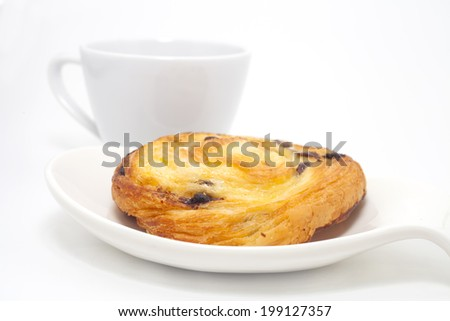 cinnamon roll on white background