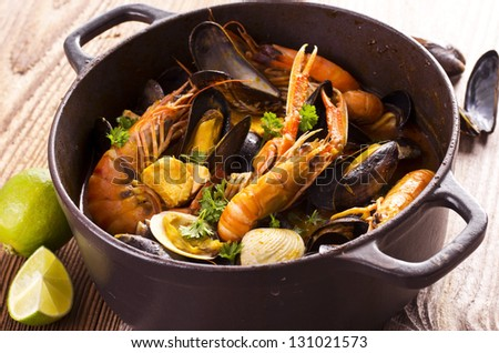cioppino seafood soup