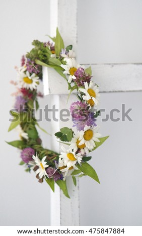 circlet of flowers