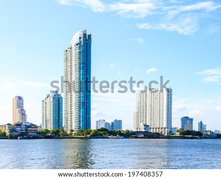 City and river scenery