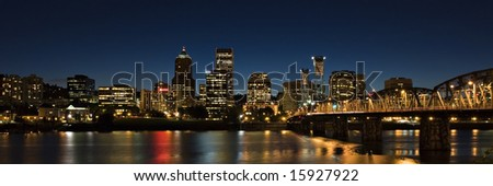 City scape of Portland Oregon at night.