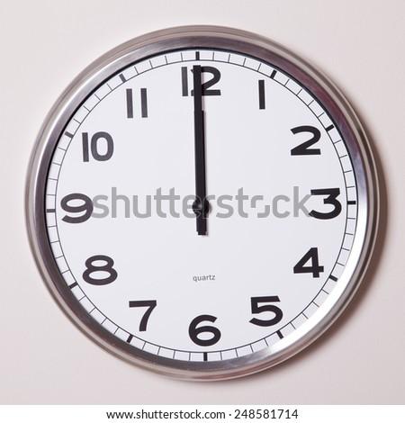 clock at 12 o'clock - stock photo